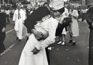 Kissing Sailor Picture