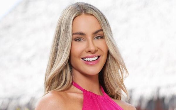 Victoria Paul